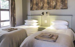 Lodge interior - twin bedroom